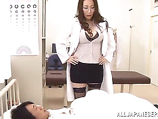 Fortunate patient has a threesome with a sexy nurse and doctor